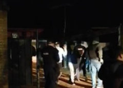 Intendencia detectó fiesta clandestina en Maldonado con más de 120 personas; hubo agresión a móviles policiales